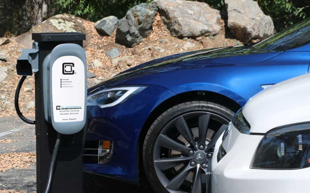 How long does it take to charge an electric car battery?