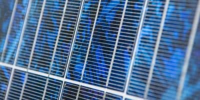 Polycrystalline-solar-panel-type-uses-most-affordable-poly